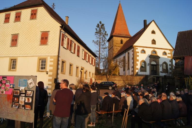 Pfarrhaus und Kirche Schwabbach